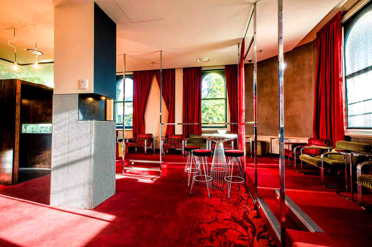 Temperance hotel chapel st venue hire hidden city secrets for Beautiful private dining rooms melbourne