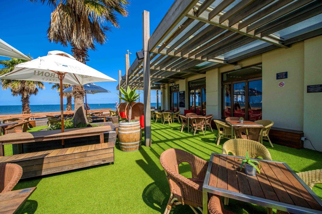 Republica – Waterfront Function Rooms