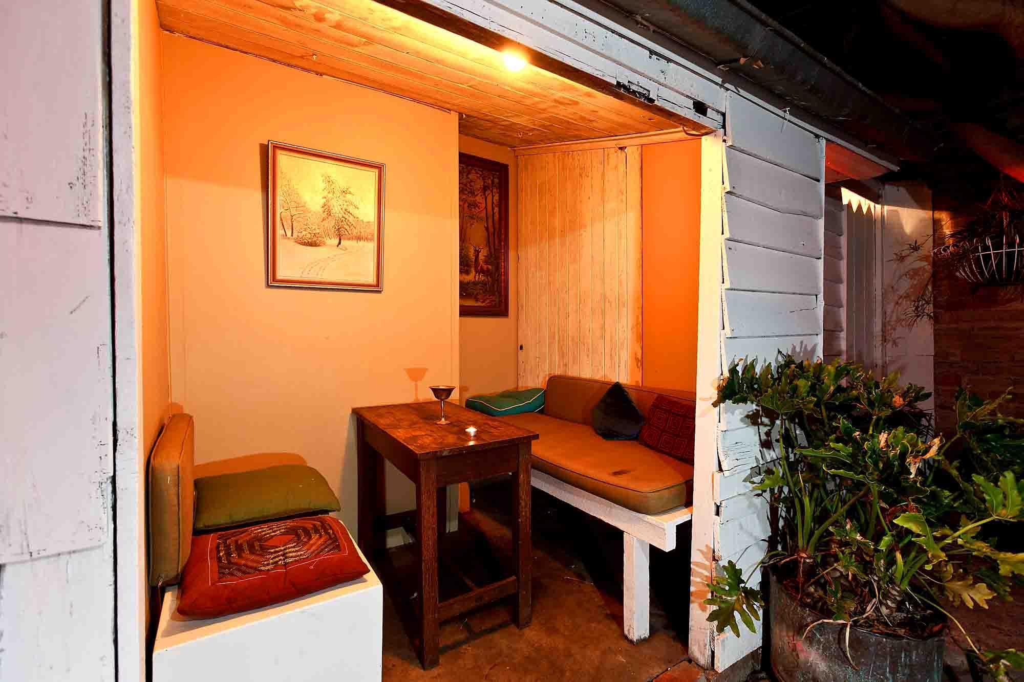 Acoustic Cafe – Hire the Entire Venue!