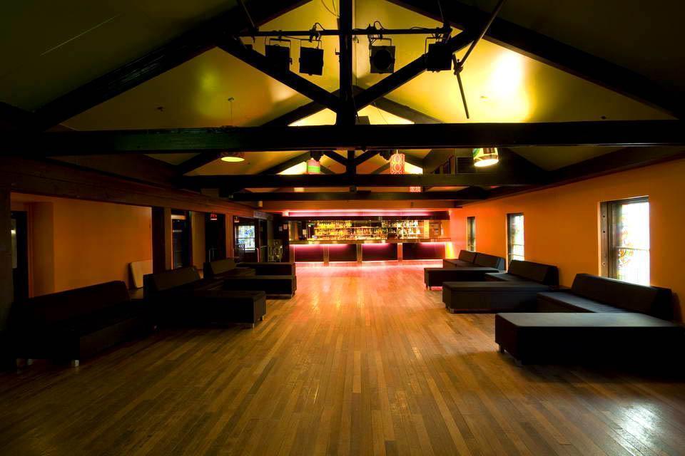 The Colonial Hotel - CBD Bars - Hidden City Secrets