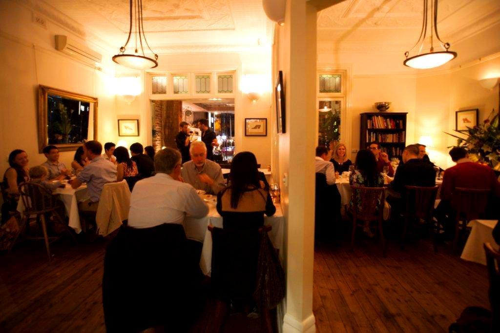 Fitzrovia st kilda function rooms hidden city secrets for Beautiful private dining rooms melbourne