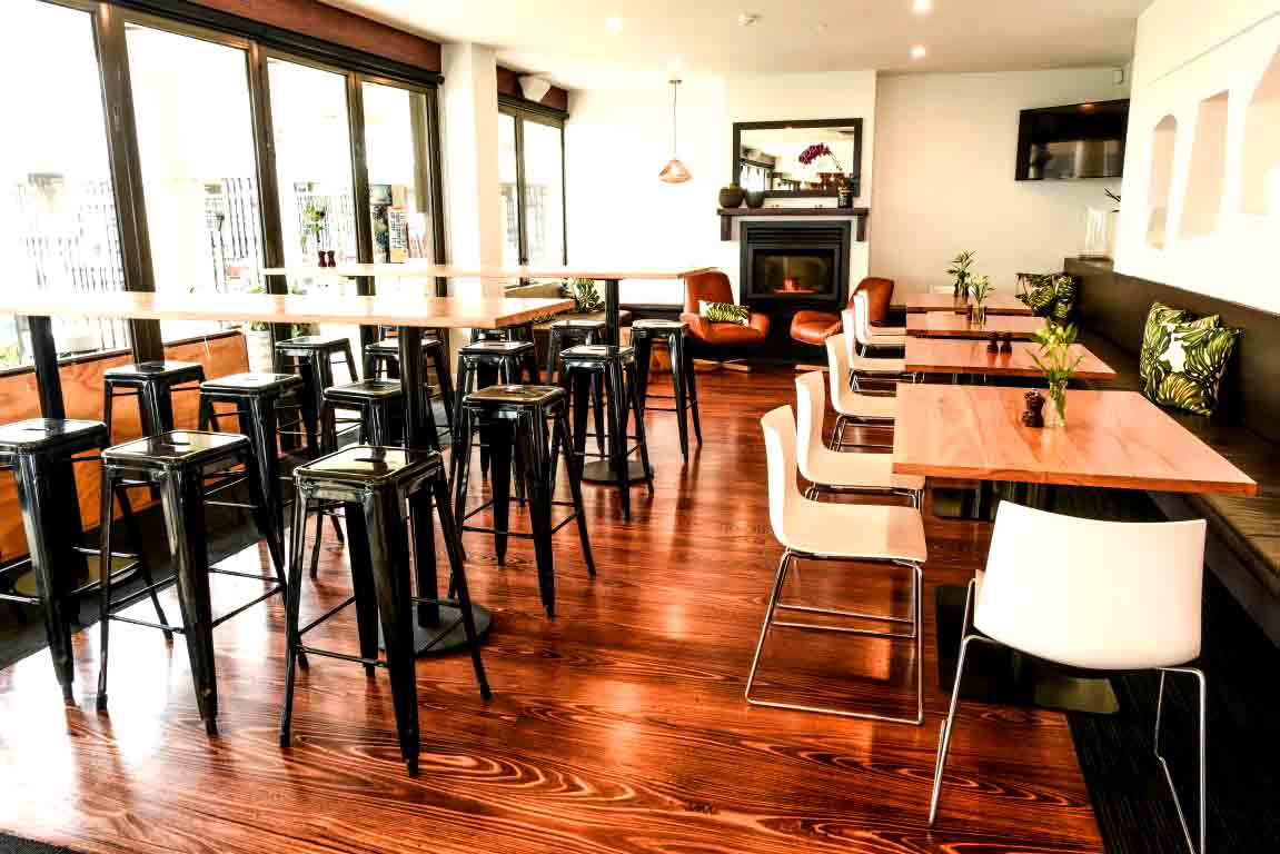 Republica – Beachfront Restaurants