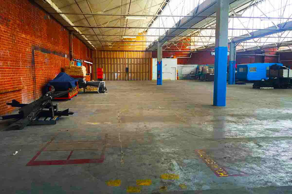The Facility – Warehouse Space