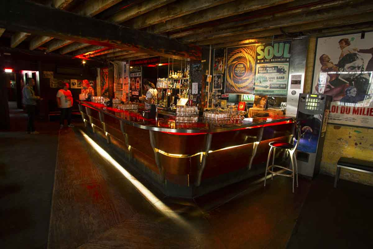 Cherry Bar – Rock 'n Roll Bar