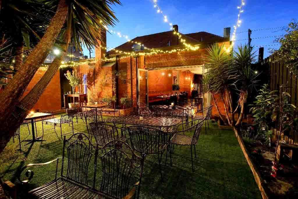 Le Bon Ton – Smoke House Restaurants