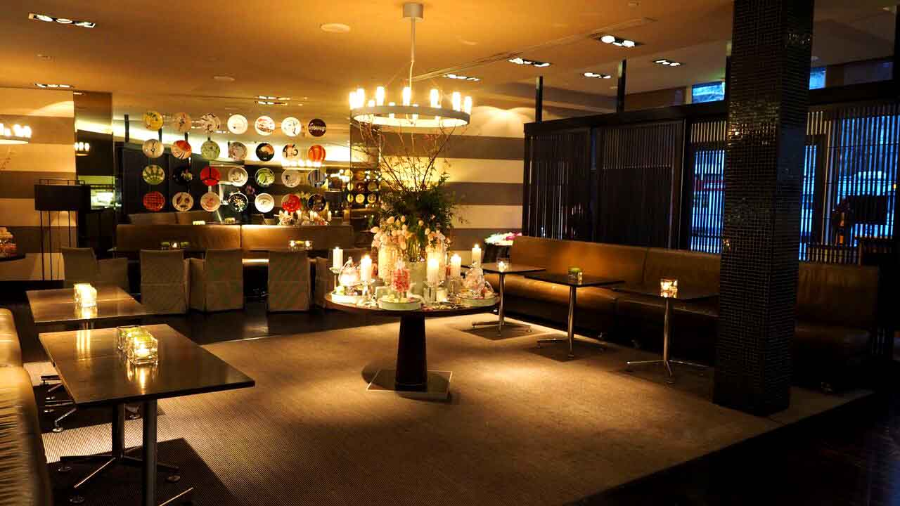 Amberoom & Dish – Cocktail Venues