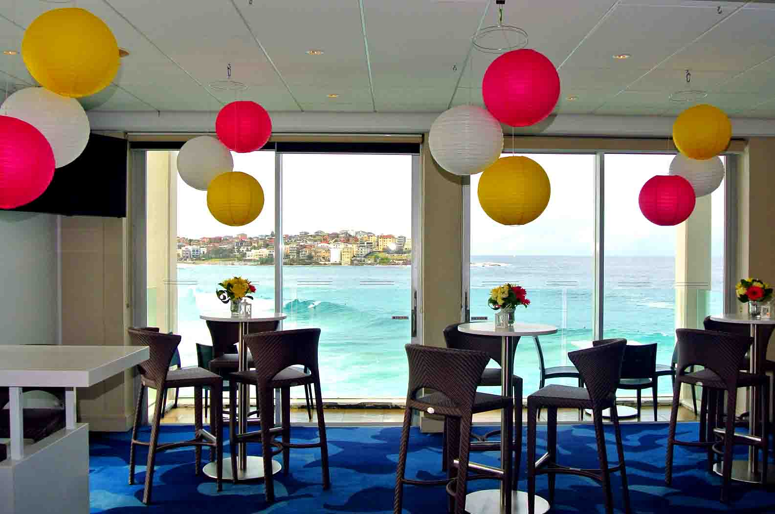 100 Icebergs Dining Room And Bar