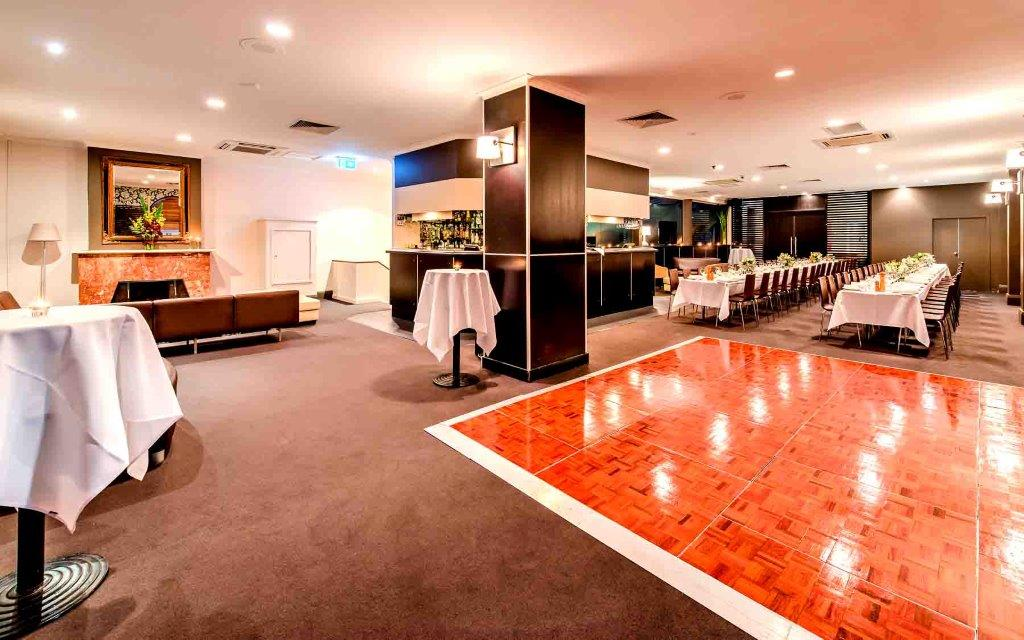 Metropolitan hotel function venues hidden city secrets for Beautiful private dining rooms melbourne