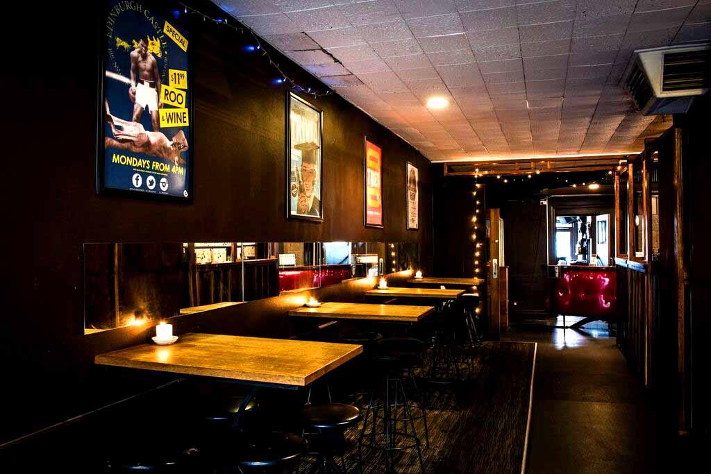 Edinburgh Castle – Pub Venue for Hire