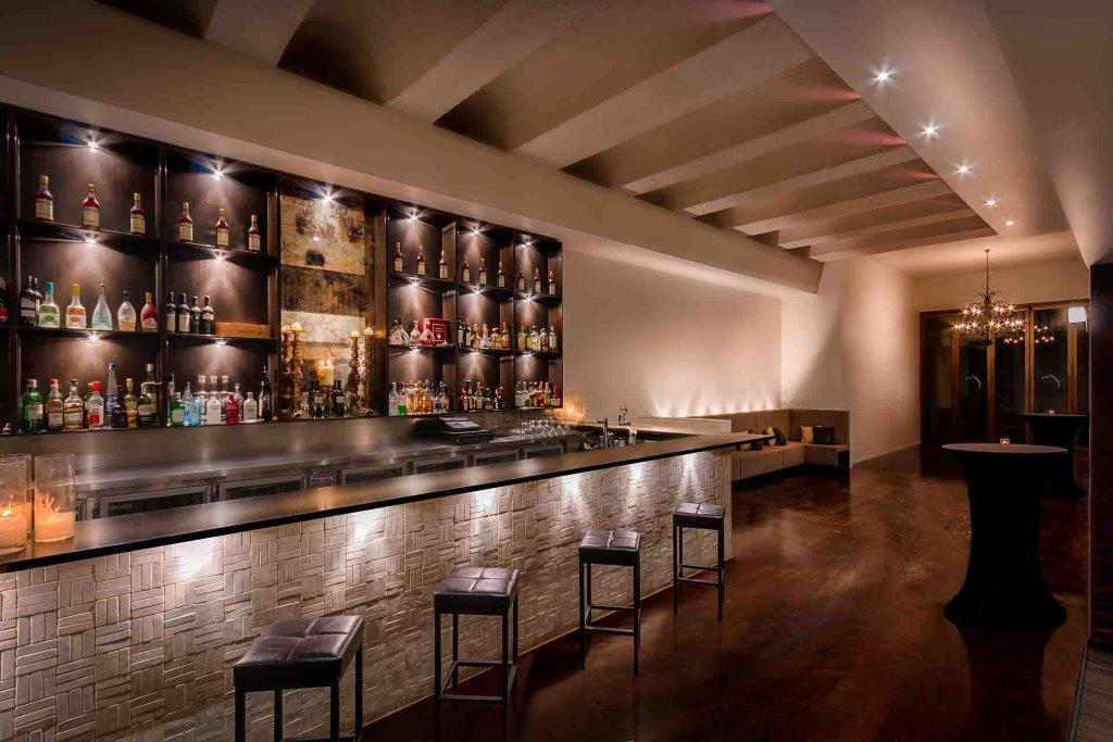 Syrah Bar – Cocktail Function Space