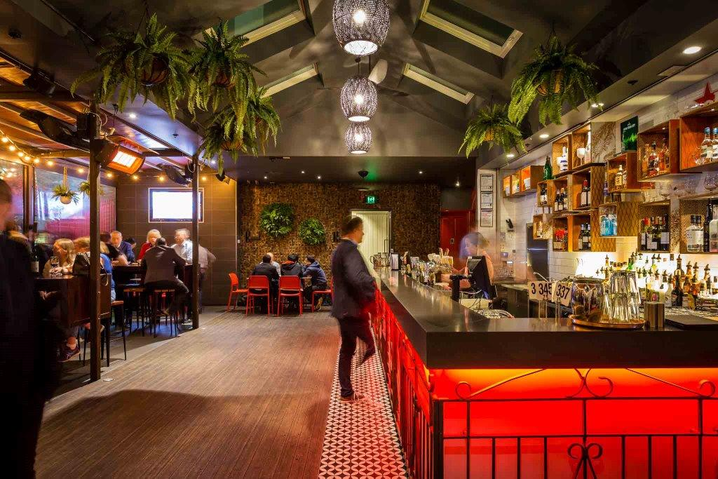 European Bier Cafe – Rooftop CBD Bars
