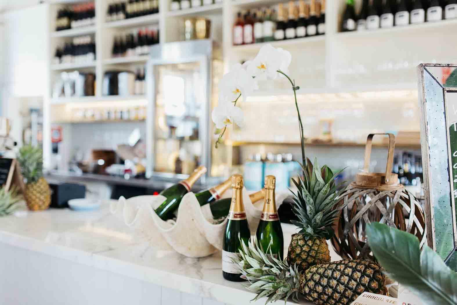 East Coast Lounge – Beachfront Venues