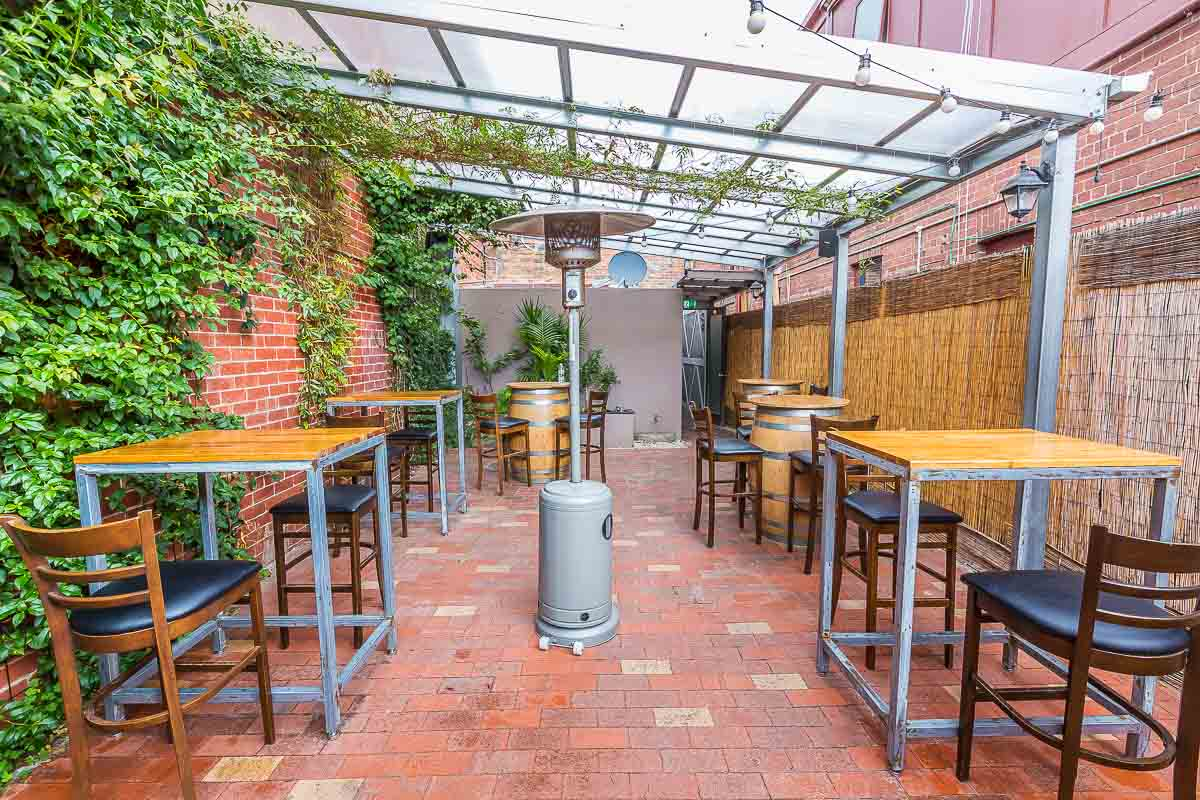 Patio Garden With A Game Room And Bar Ideas Cozy Home Design