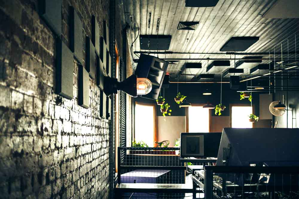 Glamorama – Late Night Bars