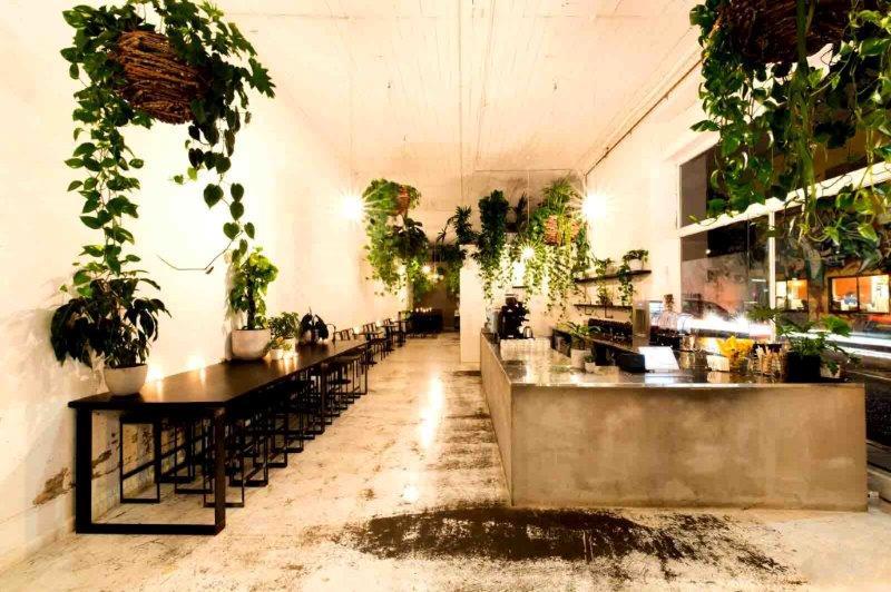 Uncommon – Top Restaurants
