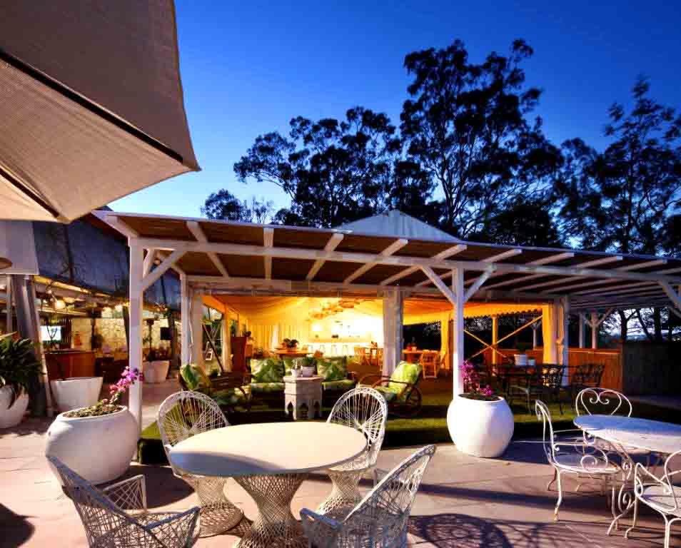 Victoria Park Bar & Bistro – Restaurants
