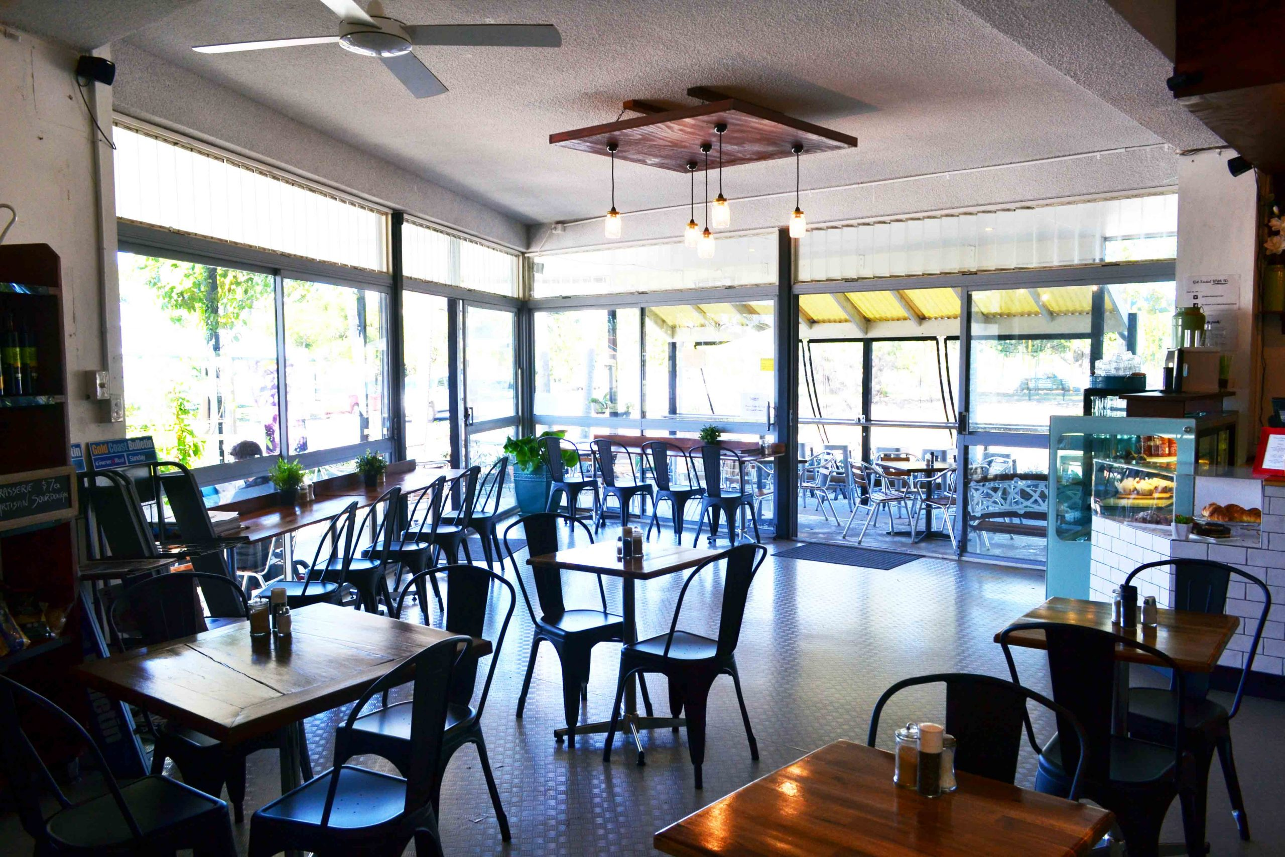 Lakeview Cafe & General Store <br/> Top Cafes