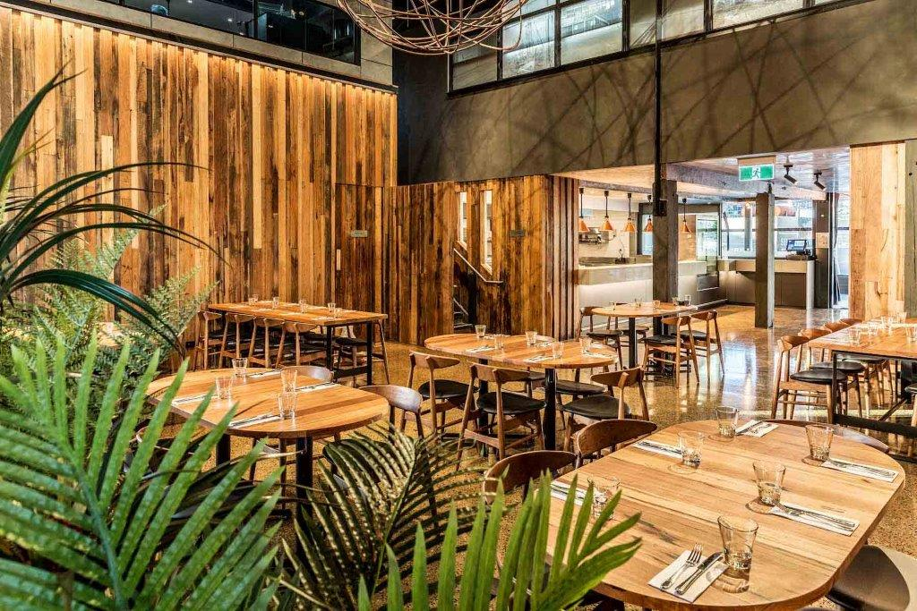 Woolshed Docklands – Waterfront Restaurant