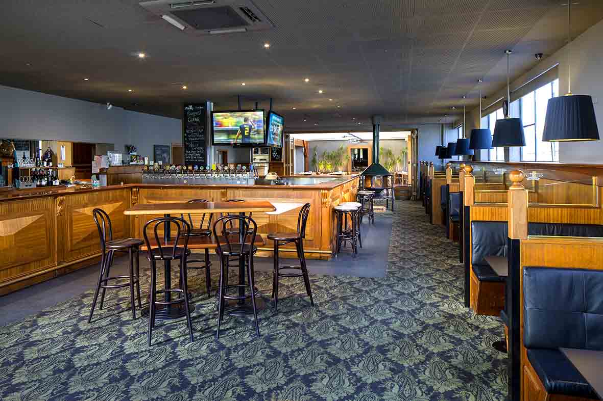 The Wellington Hotel – Best Sports Pubs
