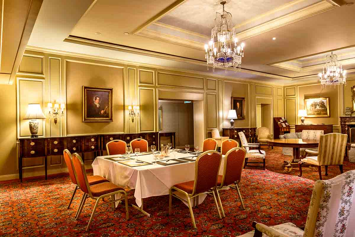 The dining room fine dining restaurants hidden city for Best dining rooms in sydney