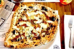 best-pizza-melbourne-top-good-amazing-pizzas-cool-venues-pizzeria-must-go-eataliano