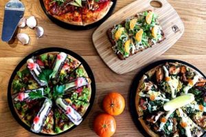 best-pizza-melbourne-top-good-amazing-pizzas-cool-venues-restaurants-pizzeria-must-go-augellos-balwyn