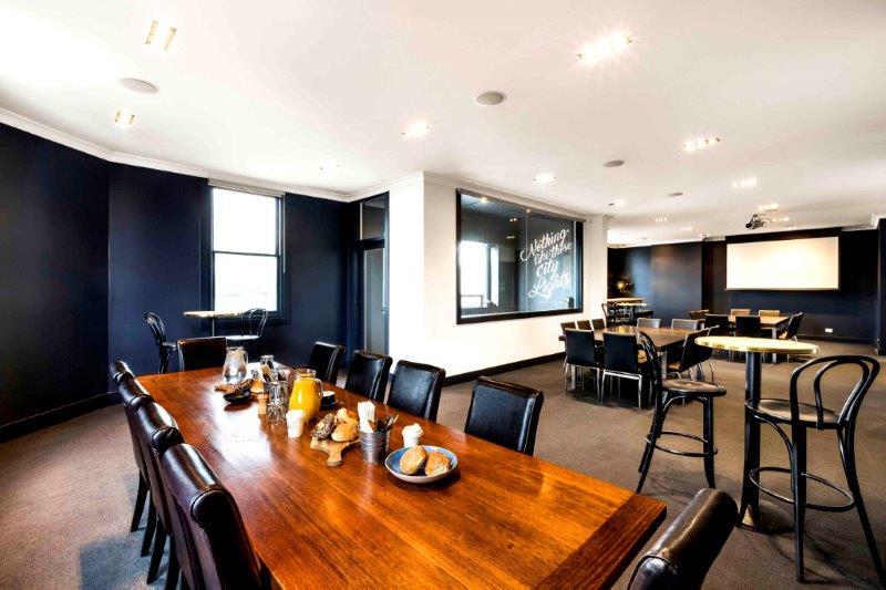 Golden Fleece Hotel – Top Pubs