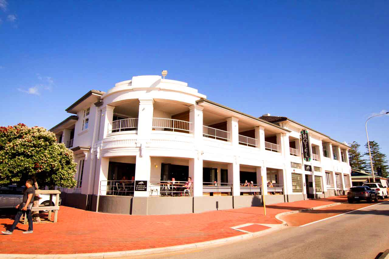 Cottesloe Beach Hotel Opening Hours