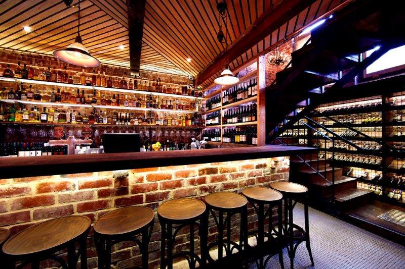 Varnish On King – Cool Whiskey Bars