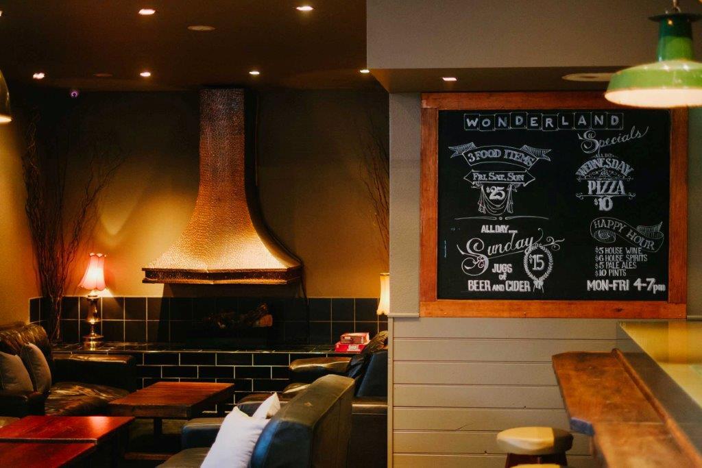 Wonderland Bar – Function Rooms