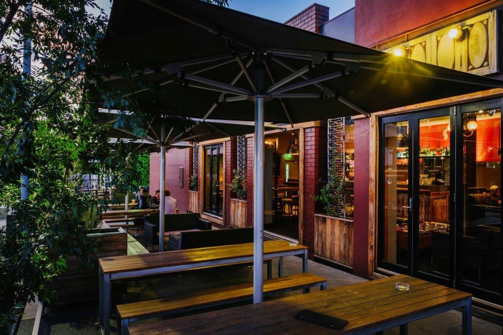 Wonderland Bar <br/> Outdoor Beer Gardens