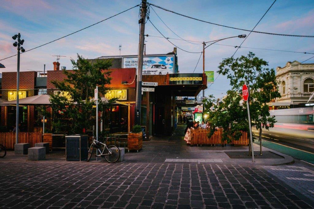 Wonderland Bar – Outdoor Beer Gardens