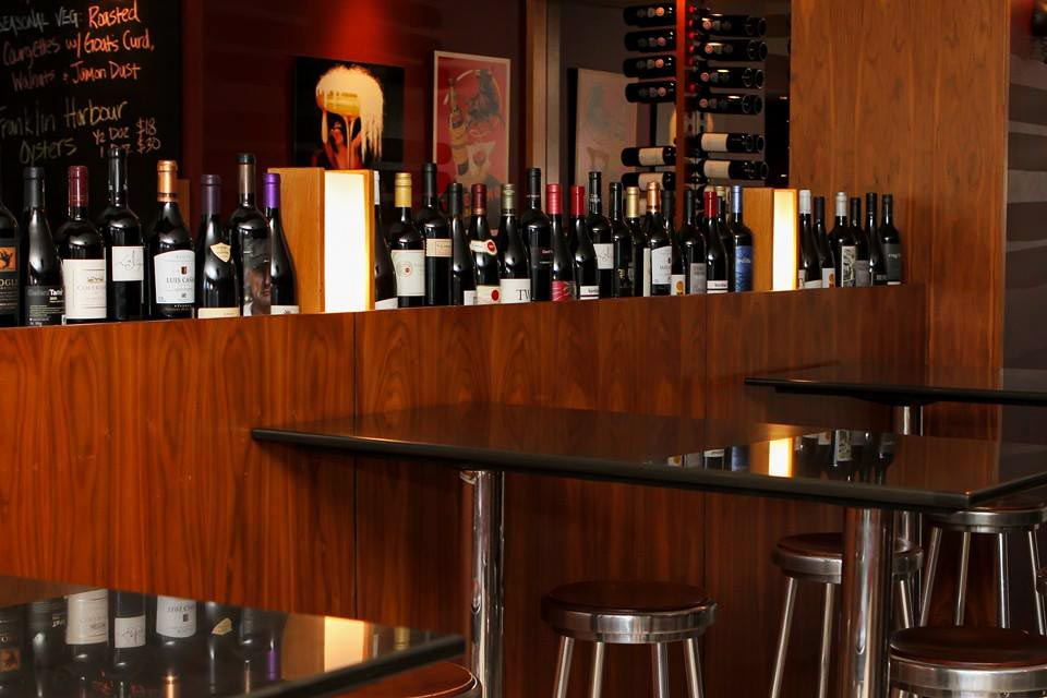 Amphoras Bar <br/> Good Wine Bars