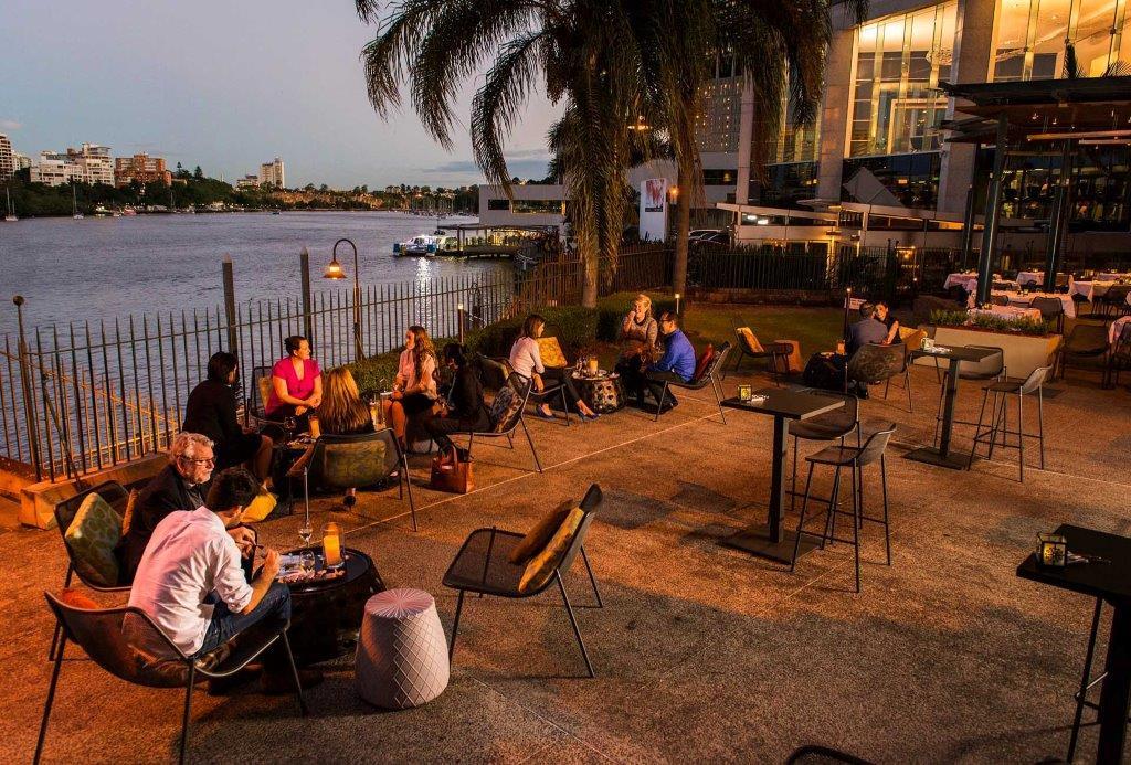 Customs House – Sunset Spritz Bar
