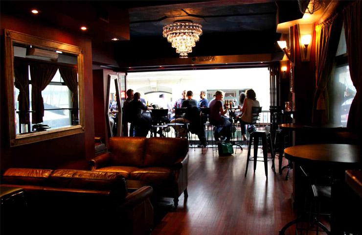 Lustre-Bar-flinders-lane-melbourne-cbd-bar-bars-weekend-to-do-best-drinks-drinking-5