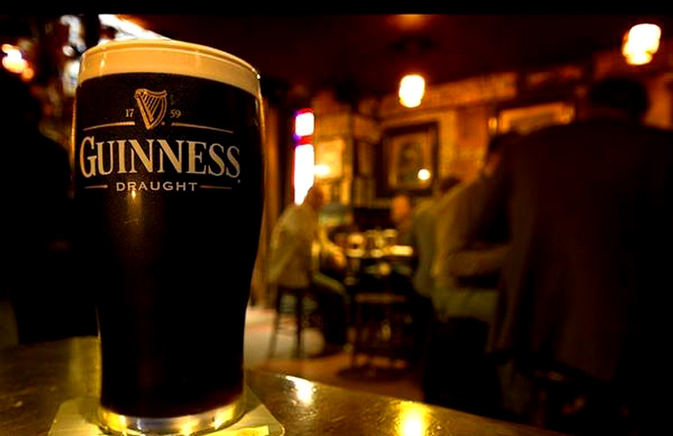 quiet-irish-st-patricks-day-melbourne-pub-festival-to-do-best-beer-guinness-outdoor-pubs-party-celebration-live-music-events-1