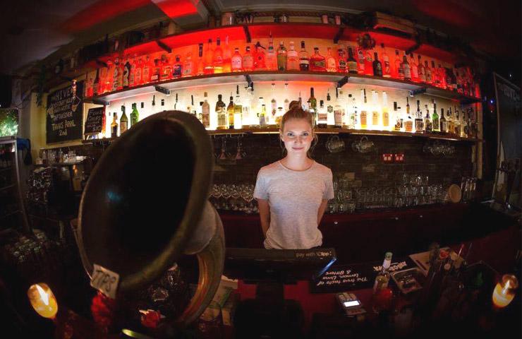 The-Hive-bar-Best-Newtown-bars-sydney-2017