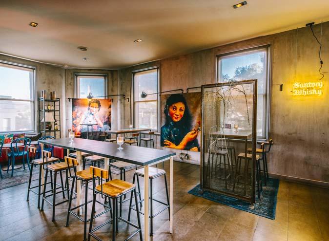 Zhou Zhou – Awesome Hidden Bars