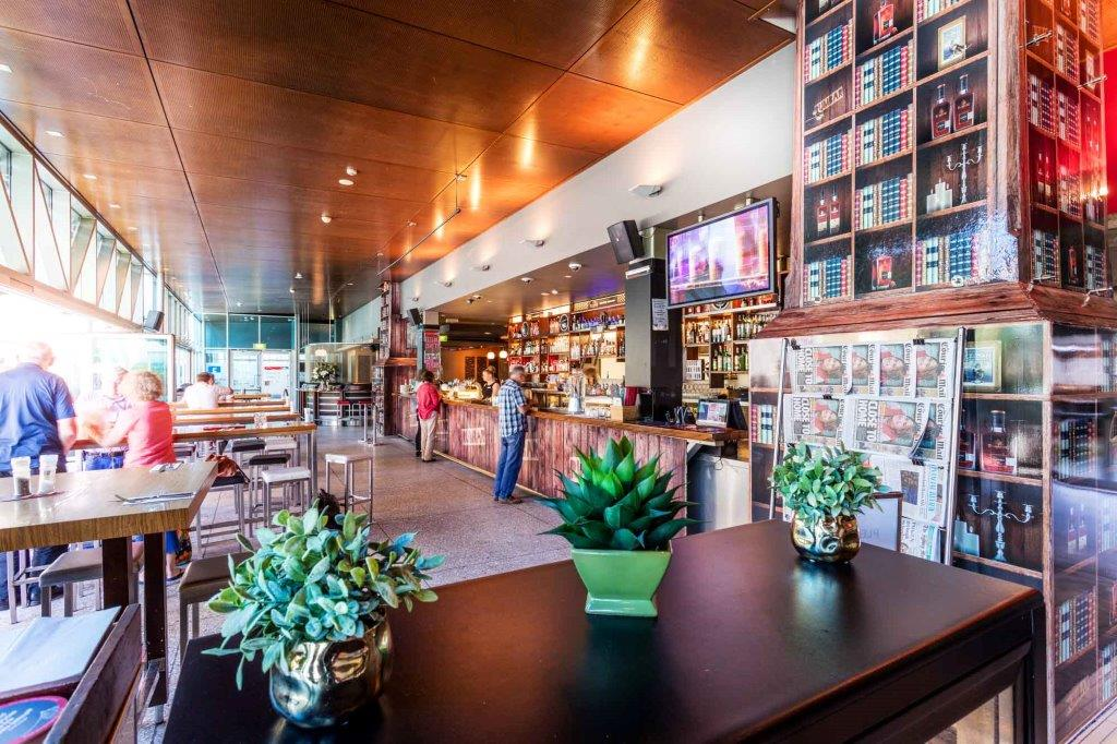 Story Bridge Hotel <br/> Best Waterfront Bars