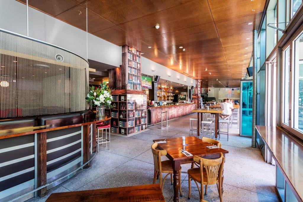 Story Bridge Hotel – Best Waterfront Bars