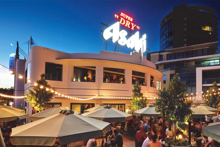 The Raffles Hotel – Top Waterfront Pubs