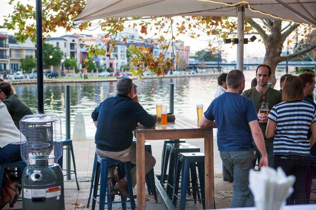 The Royal on the Waterfront – Outdoor Bars