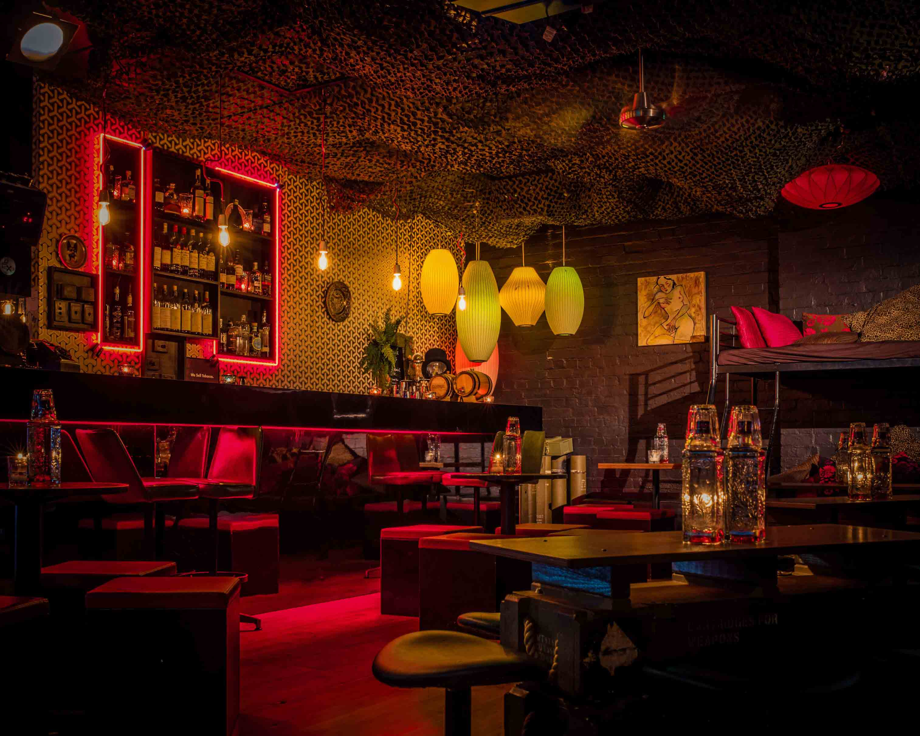 Berlin-Bar-quirky-melbourne-entertainment-whats-on-drinks-cocktails