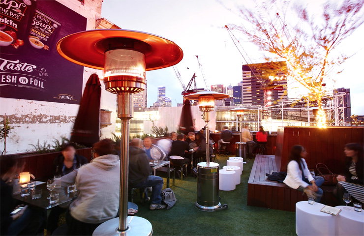 Goldilocks-bar-melbourne-hidden-cocktails-rooftop-entertainment