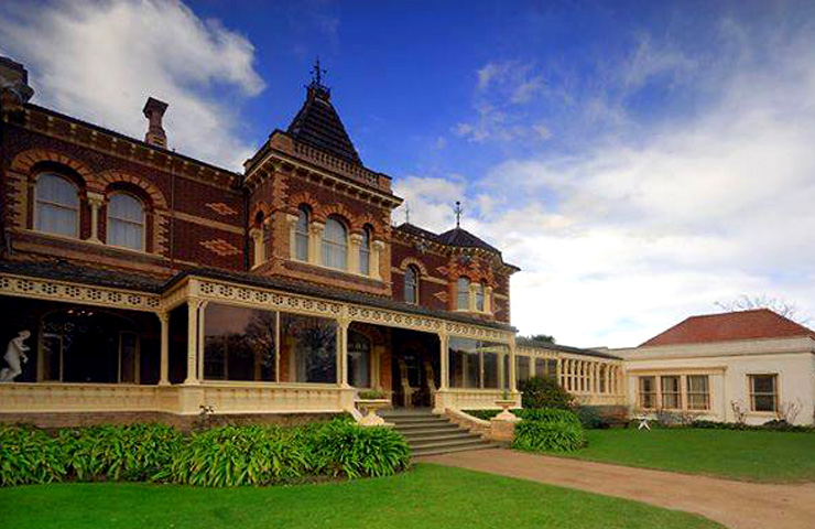 garden-best-lazy-sunday-idea-date-ripponlea-lake-mansion
