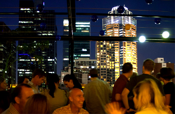 rooftop-melbourne-good-best-top-winter-warm-places-to-go-bars-cocktails-melbourne-cbd-drinks-food-city-5