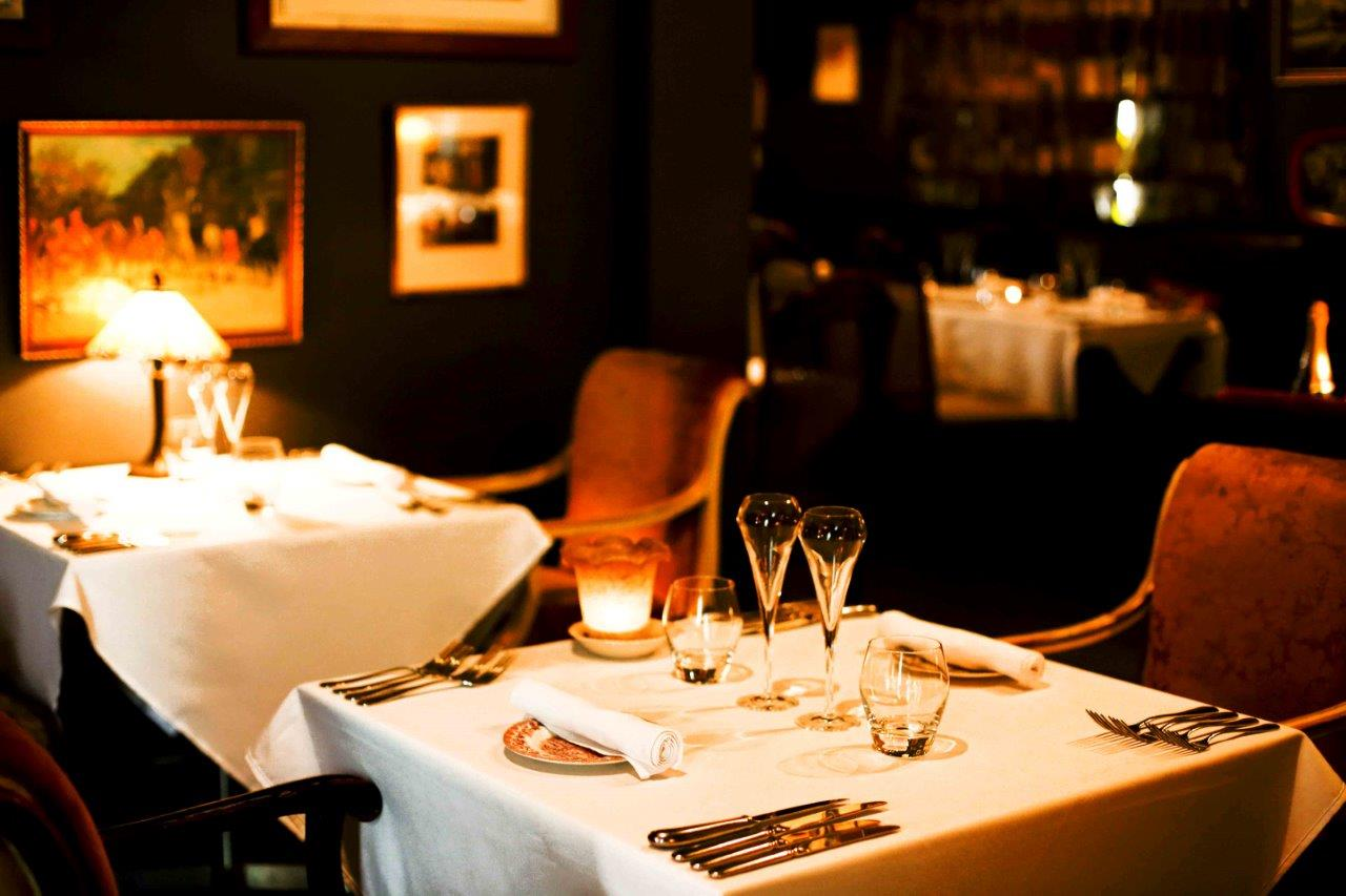 Deer duck bistro function rooms hidden city secrets for Best private dining rooms brisbane