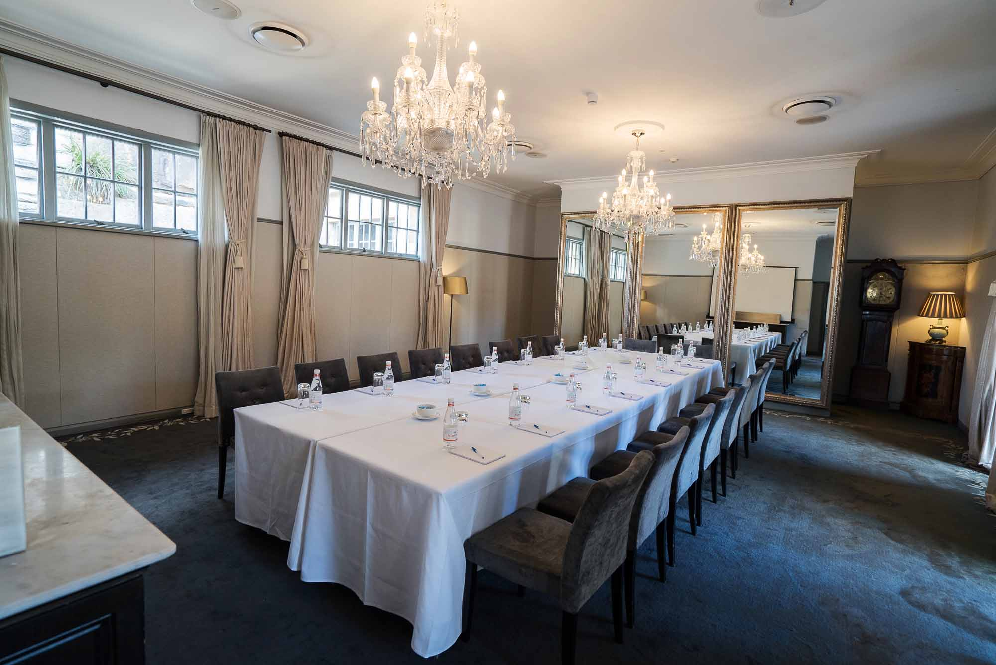 Gunners 39 barracks function venues hidden city secrets for Best dining rooms in sydney