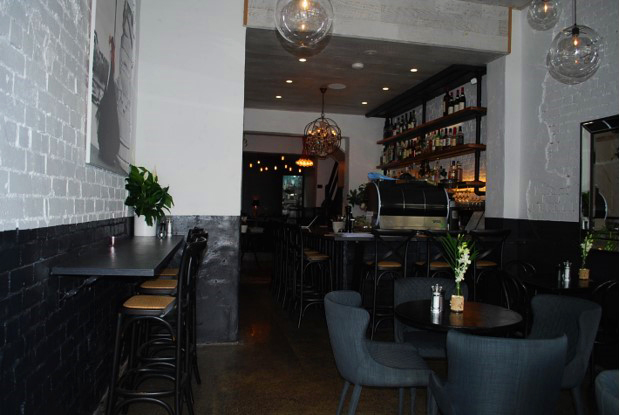Best restaurants melbourne italian seafood for Beautiful private dining rooms melbourne