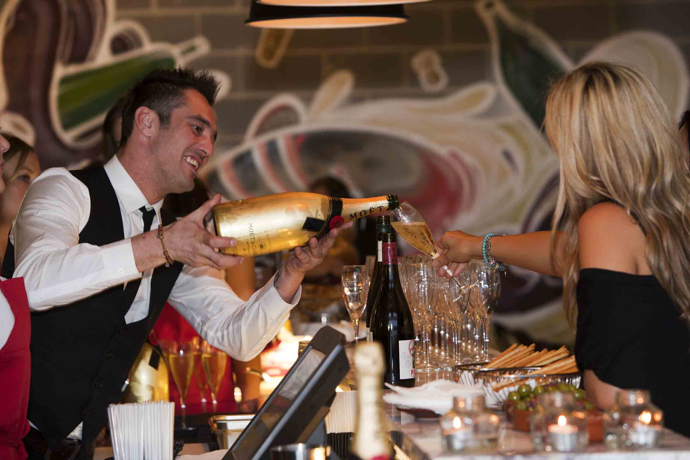 GG Espresso & Wine Bar <br/> Cool Wine Bars